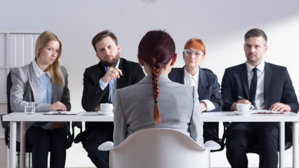 Unzulässige Fragen im Vorstellungsgespräch: So reagieren Sie richtig